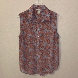 H & M sleeveless floral button down